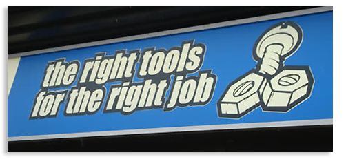exemple-logo-design-raté-right-tools-for-the-right-job